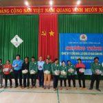 Trao 140 suất quà cho công nhân Cao su Chư Prông