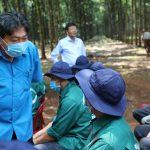 Quà tặng Tháng Công nhân đến với người lao động Cao su Phú Thịnh