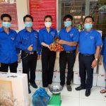 Đoàn Thanh niên Cao su Bình Long hỗ trợ tiêu thụ vải thiều Bắc Giang