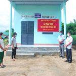Cao su Kon Tum: Bàn giao 2 nhà Đại đoàn kết cho người dân xã đỡ đầu
