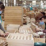 Nắm bắt cơ hội giữa bão Covid, doanh nghiệp gỗ đồng loạt báo lãi lớn