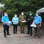 Công đoàn Cao su Dầu Tiếng tặng quà cho các chốt phòng chống dịch Covid-19