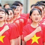 Thiêng liêng hai tiếng Việt Nam