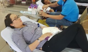 Đây là chương trình ý nghĩa được đông đảo CB CNVC LĐ tham gia hiến máu tình nguyện