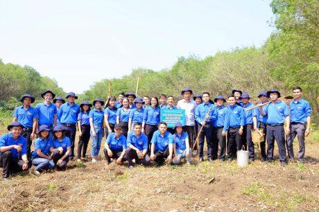 Công trình thanh niên Làm theo lời Bác của Đoàn CS Cty CPĐT XDCS Phú Thịnh