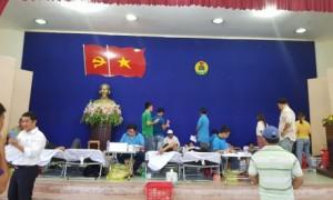 Đông đảo CBCNV công ty tham gia