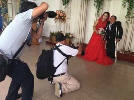 Các cặp đôi sẽ được chụp hình cưới