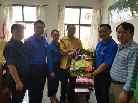Đoàn công tác chúc Tết đ/c Oudomsak Divixay - Bí thư ĐTN Nhân dân Cách mạng Lào Tỉnh Champasak