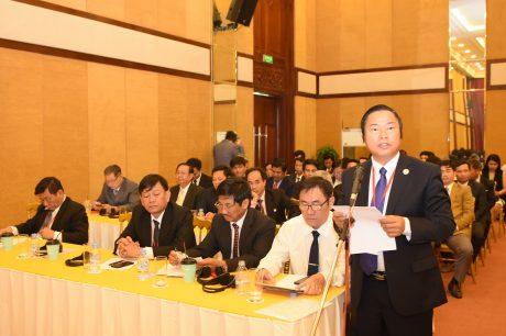 Anh Phan Huy Thành - Bí thư Đoàn Thanh niên công ty  báo cáo kết quả năm học 2018 - 2019