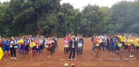 Tham gia hội thao có 10 đội bóng đá và 8 đội bóng chuyền.