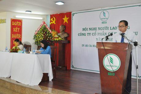Ông Trần Bá Tước, Bí thư Đảng ủy, TGĐ công ty trả lời những khúc mắc cho người lao động