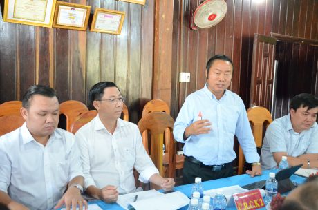 Ông Nguyễn Duy Linh - TGĐ Cao su Bà Rịa Kampong Thom phát biểu tại hội nghị