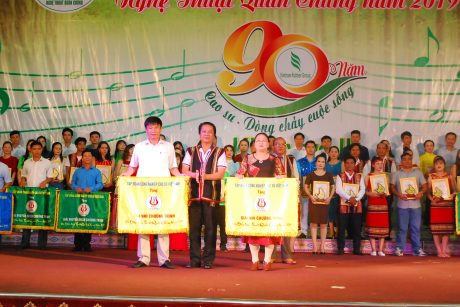 Trao giải Nhì cho cao su Mang Yang và Chư Sê