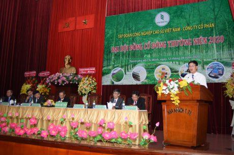 Ông Nguyễn Quế Dương – Vụ phó Vụ nông nghiệp, Ủy ban quản lý vốn Nhà nước tại doanh nghiệp phát biểu tại đại hội