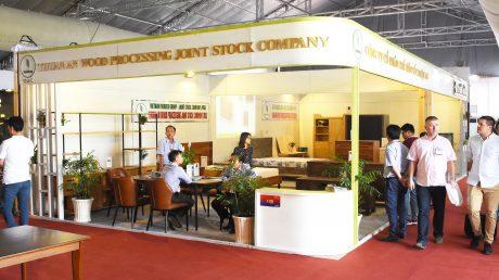 Gian hàng của Công ty Cp Gỗ Thuận An tại hội chợ