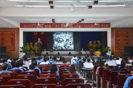 Xem phim tư liệu về 50 năm  thực hiện di chúc Chủ tịch Hồ Chí Minh