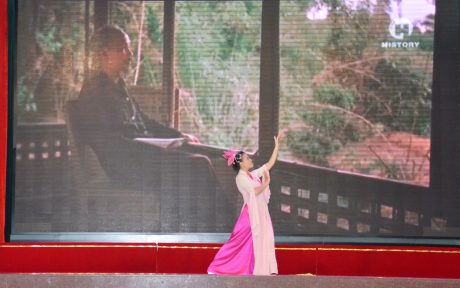 Phần thi năng khiếu của thí sinh Huỳnh Thị Phương Tuyền - Nông trường An Lộc