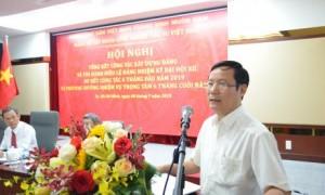 đồng chí Phạm Tấn Công - Phó Bí thư Thường trực Đảng ủy Khối Doanh nghiệp Trung ương đã ghi nhận, biểu dương và đánh giá cao những kết quả đạt được của Đảng bộ VRG