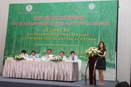 Bà Nguyễn Hải Vân - Phó Giám đốc Trung tâm Con người và Thiên nhiên (PanNature) đánh giá cao chương trình phát triển bền vững của VRG