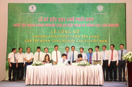 VRG ký kết Biên bản ghi nhớ hợp tác với 2 tổ chức Oxfam và PanNature