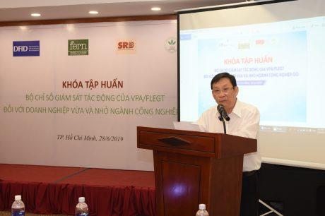 Ông Võ Hoàng An - Tổng thư ký kiêm Phó Chủ tịch Hiệp hội Cao su Việt Nam (VRA) phát biểu tại hội thảo
