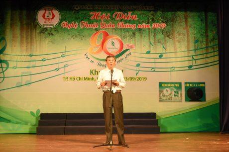 Ông Nguyễn Tiến Đức - Phó TGĐ VRG phát biểu khai mạc hội diễn