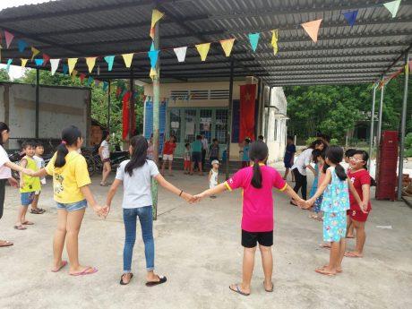 """ĐTN Công ty cổ phần cao su Phước Hòa-NH Vietinbank CN4 - trao tặng  """"Căn nhà nhân ái"""" cho ĐVTN có hoàn cảnh khó khăn trên địa bàn huyện Hồng Ngự"""