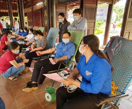 ĐTN Cao su Chư Păh tổ chức hiến máu tình nguyện