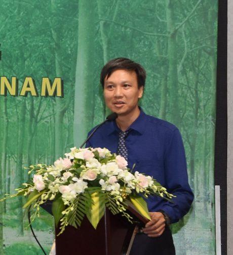 Tiến sĩ Trần Lâm Đồng - Viện trưởng Viện Nghiên cứu Lâm sinh phát biểu tại Lễ công bố chương trình phát triển bền vững của VRG. Ảnh: Vũ Phong
