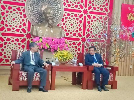 Lãnh đạo VRG thăm, chúc Tết UBND tỉnh Nghệ An.