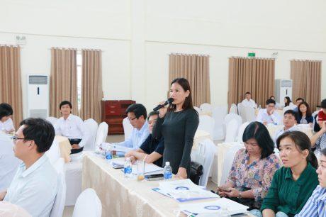 Các doanh nghiệp trao đổi tại hội thảo