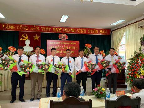 BCH Đảng bộ công ty nhiệm kỳ 2020 - 2025 ra mắt Đại hội.