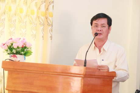 Ông Mai Thanh Phong – TGĐ Gỗ Đồng Nai, đơn vị khối trưởng năm 2019 bào cáo tại hội nghị