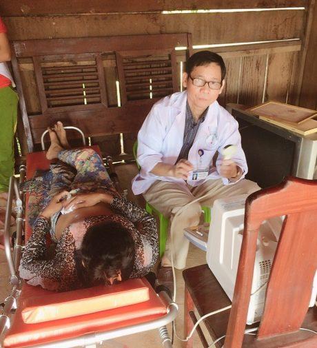 Siêu âm tổng quát cho công nhân là người Campuchia