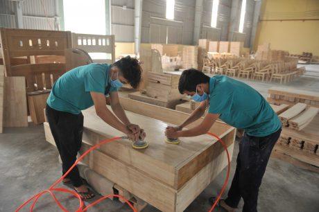 Xưởng sản xuất gỗ tinh chế của Công ty CP Chế biến – Xuất Nhập khẩu Gỗ Tây Ninh. Ảnh: Tùng Châu