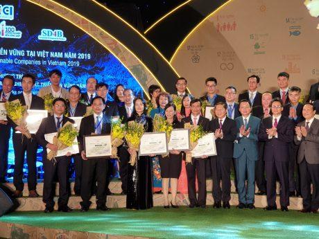 Các doanh nghiệp VRG nhận danh hiệu tại Lễ công bố