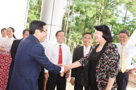 Bà Đặng Thị Ngọc Thịnh - Ủy viên Trung ương Đảng, Phó Chủ tịch nước, Phó Chủ tịch thứ nhất Hội đồng Thi đua - Khen thưởng Trung ương đến thăm TCT vào ngày 2/12/2019. Ảnh: Vũ Phong