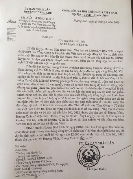 Công văn của UBND huyện Hương Khê do Chủ tịch Lê Ngọc Huấn ký.