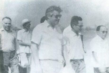 Ông Đỗ Văn Nguyện – Tổng cục trưởng Tổng cục Cao su VN cùng Tổng lãnh sự quán, đoàn chuyên gia Liên Xô thăm Cao su Phú Riếng, năm 1983